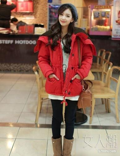 冬季服装搭配 红色外套添喜庆